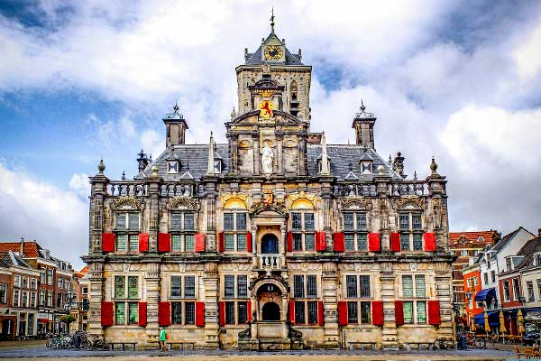 City hall delft, places to visit when hiking amsterdam area in the netherlands
